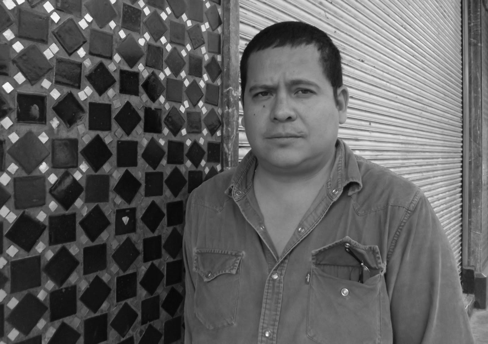 Julián Herbert horizontal