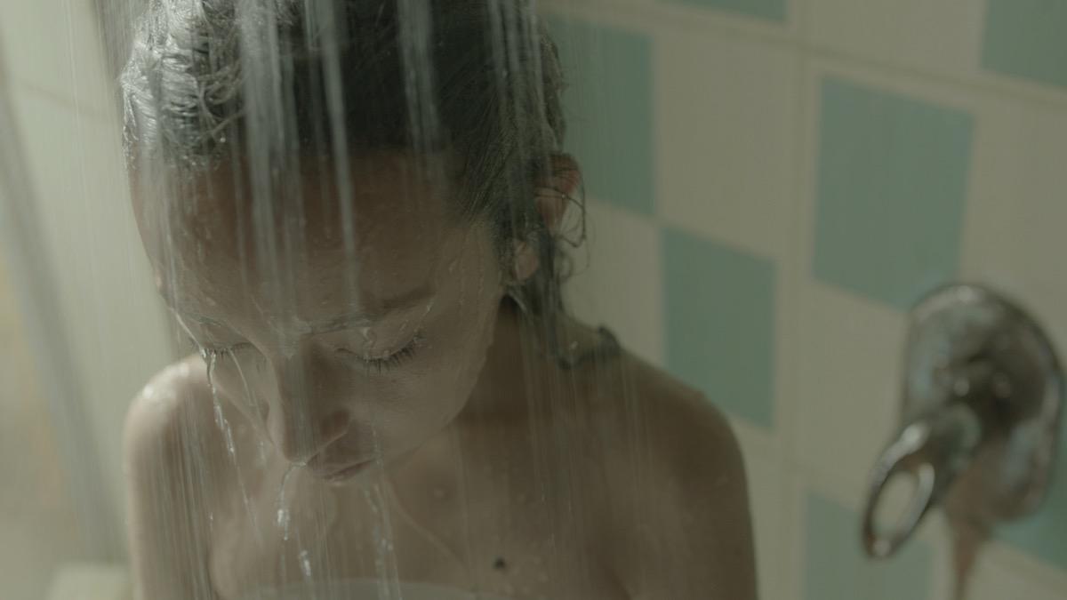 El ruido de la pubertad al caer: Alba, de Ana Cristina Barragán